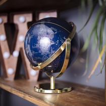 Wild & Wolf Globes