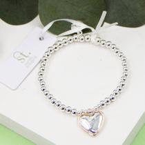 Heart charm on stretchy beaded bracelet