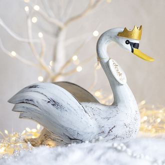 Painted Finish Crowned Swans