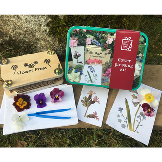 Gift in a Tin - Flower Pressing Kit