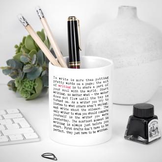 8 'Wise Words' Pen Pots