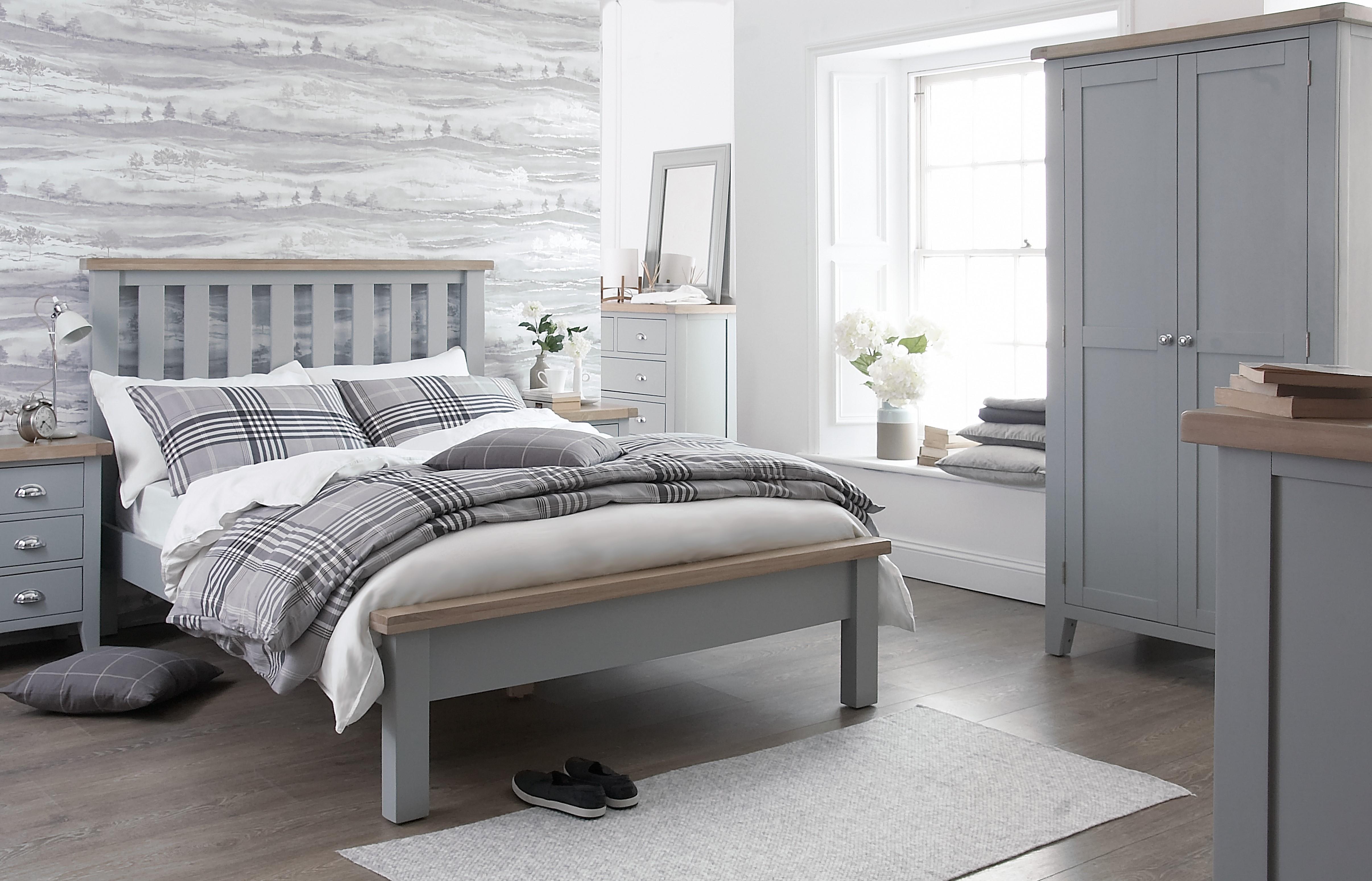 TT_grey_bedroom.jpg