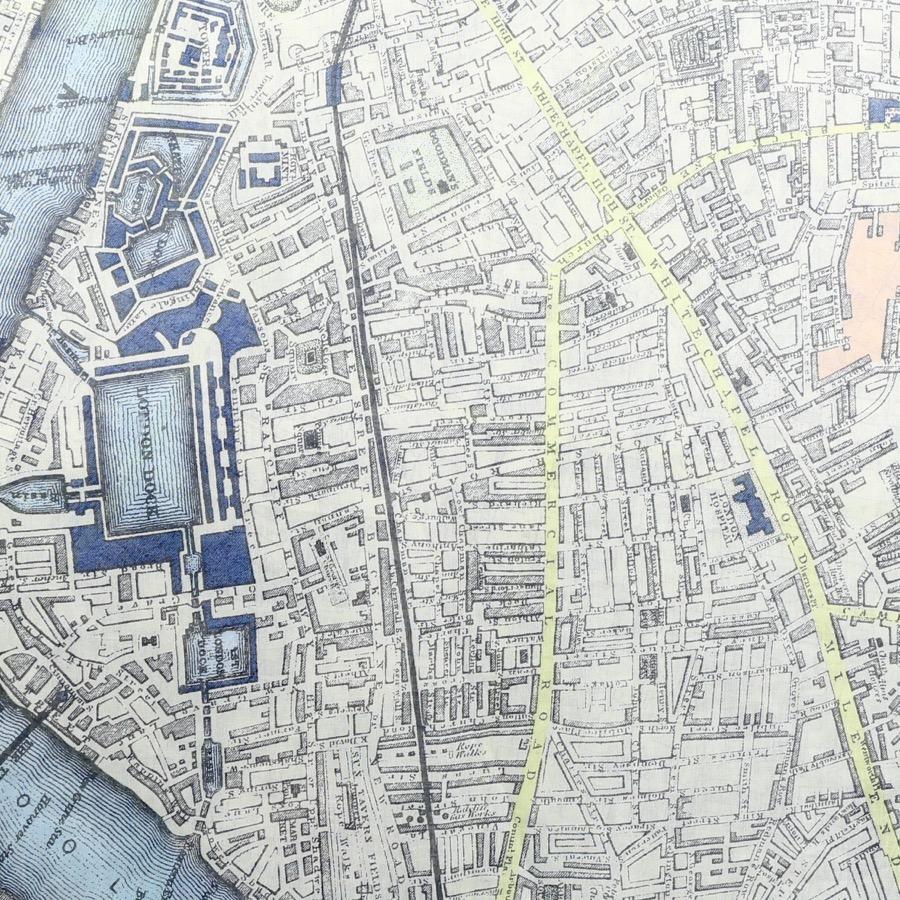 VINTAGE LONDON MAP SCARF