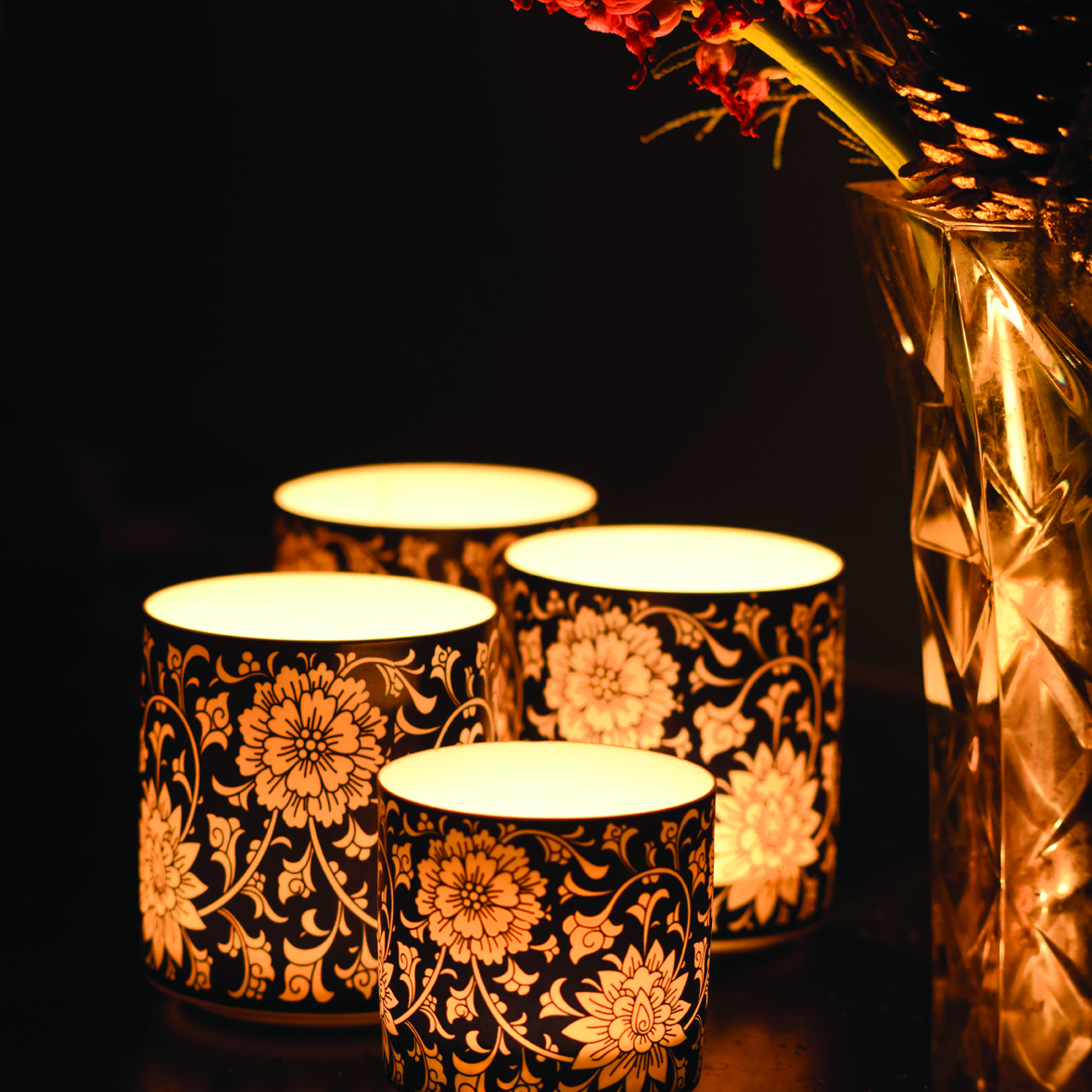 Fragranced Candle -   Blue Flroal Lantern