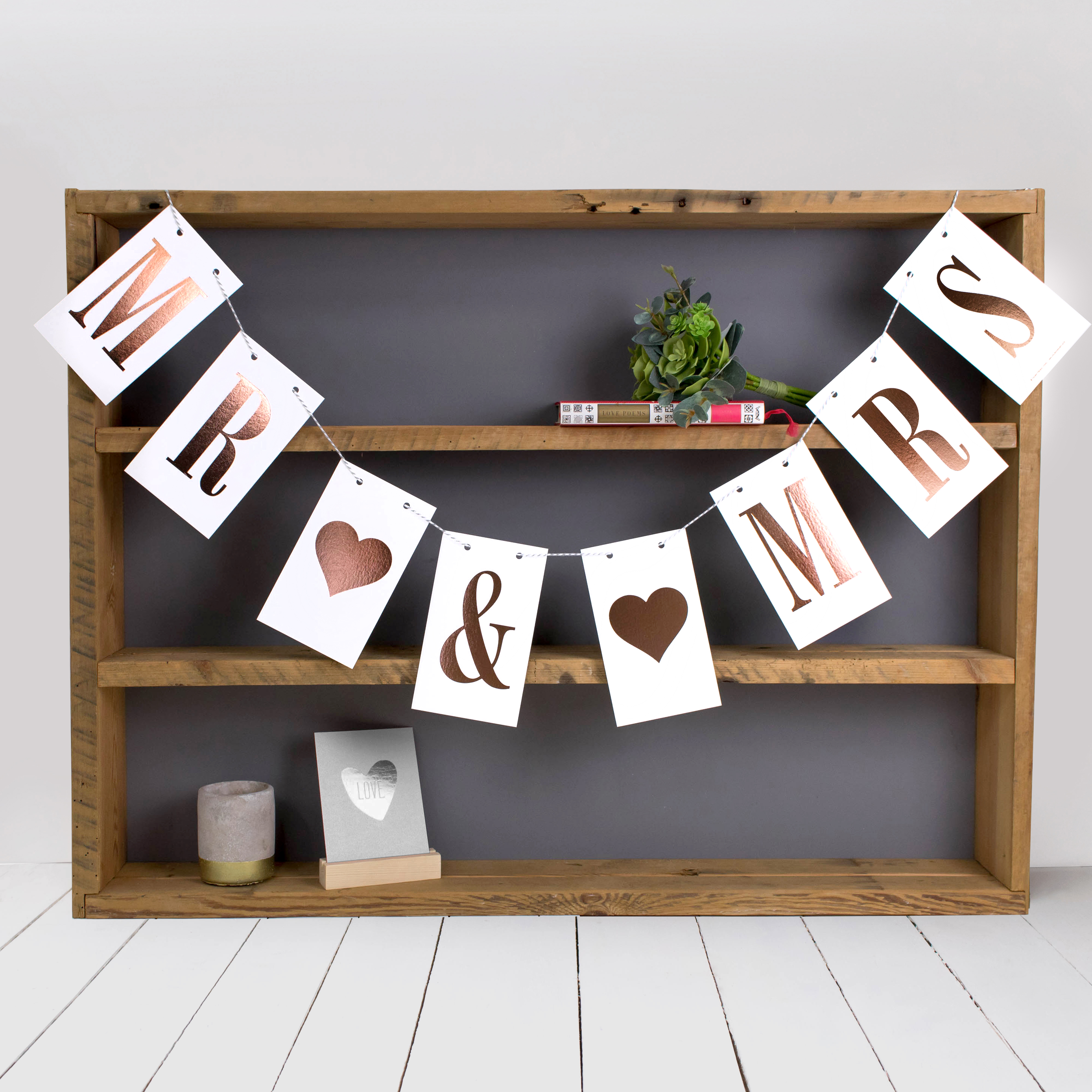 15 foiled bunting designs