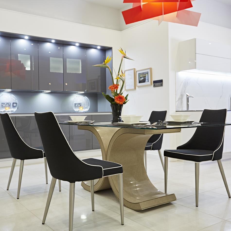 Maranello Dining Table
