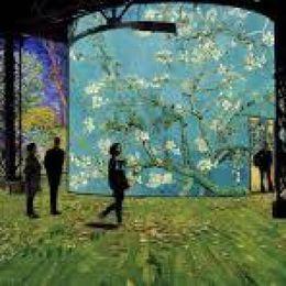 Art Paris spring fair finally goes ahead